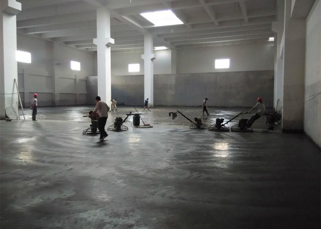 本色(灰色)金刚砂耐磨地坪施工